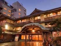 雲仙・小浜温泉 春陽館 露天風呂から眺める夕陽が絶景の宿の施設写真1