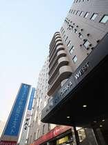 ヴィアイン新大阪ウエストの写真