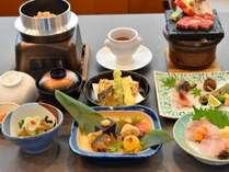 温泉ホテル 温井スプリングスの施設写真1