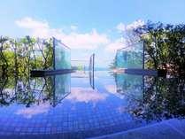 【郷土色豊かなバイキング・絶景露天が自慢】御宿東鳳の施設写真1