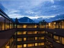 HOTEL ALEXANDER ROYAL RESORT 山中湖の施設写真1