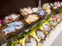 【当ホテル1番人気】スタンダードご宿泊プラン ~飲み放題バータイム&朝食ビュッフェつき~のイメージ画像