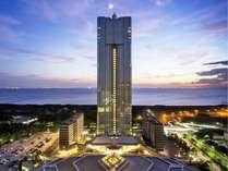 アパホテル&リゾート〈東京ベイ幕張〉の写真