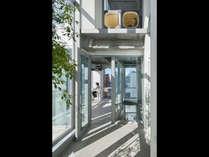 ナインアワーズ 浜松町の施設写真1