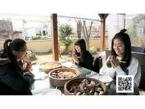 【カード決済限定:朝食+体験型ランチ】別府の台所「べっぷ駅市場」と地獄蒸しランチ体験