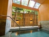 木の温もりと貸切露天風呂のある宿 伊藤屋の施設写真1