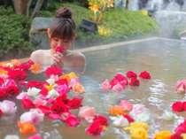 バラ風呂が楽しめる宿 三朝館の写真