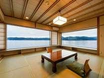 湖上に浮かぶ絶景の宿 千年亭の写真
