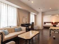 湘南鎌倉クリスタルホテルの施設写真1