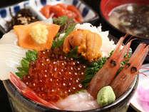 【お部屋が朝市】「海鮮問屋・すずや食堂」よりお部屋に直送 朝食付プラン