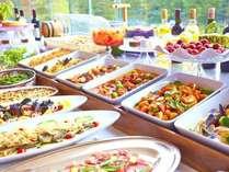【スタンダード2食付/バイキングディナー】富士山ビューレストランで選べる楽しみ♪和洋バイキングプラン