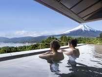 富士山と湖を望むリゾート ホテルマウント富士の施設写真1