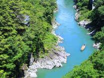 渓谷に佇む隠れ宿 峡泉の写真