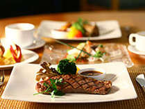 【じゃらん秋SALE】★☆夕食はレストランでお得なカジュアルコースメニュー付き★☆2食付きプランのイメージ画像