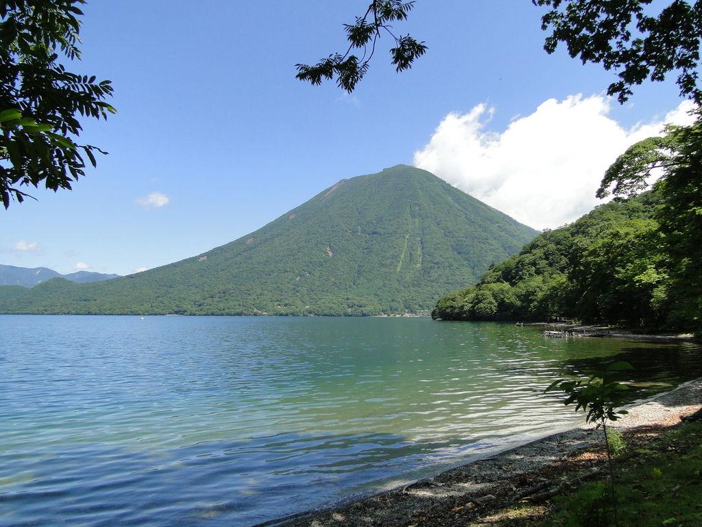 """全国】一度は行きたい絶景""""湖""""30選!四季折々の美しい景色を楽しもう ..."""