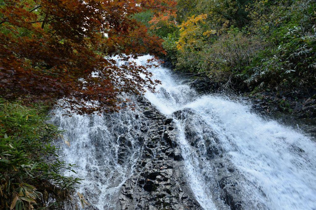 日本の滝100選 七滝