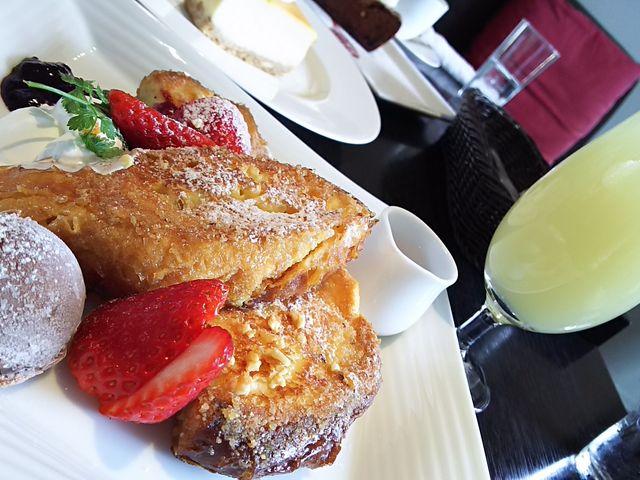 フレンチトースト、チーズケーキ、ガトーショコラ_くらすわ レストラン ー 信州十四豚と旬野菜料理