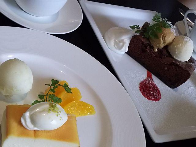 チーズケーキ、ガトーショコラ_くらすわ レストラン ー 信州十四豚と旬野菜料理