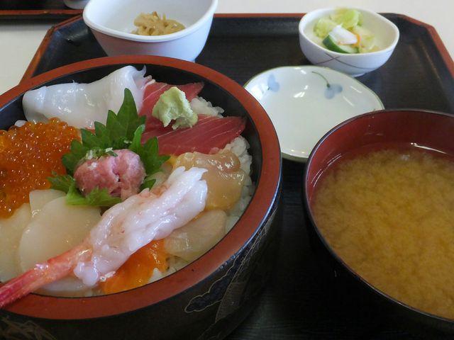 海鮮丼_八食センター
