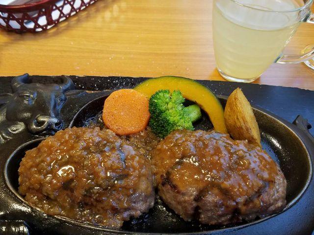げんこつハンバーグ_炭焼きレストランさわやか 静岡インター店