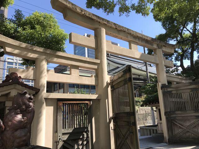 三ツ鳥居_坐摩神社