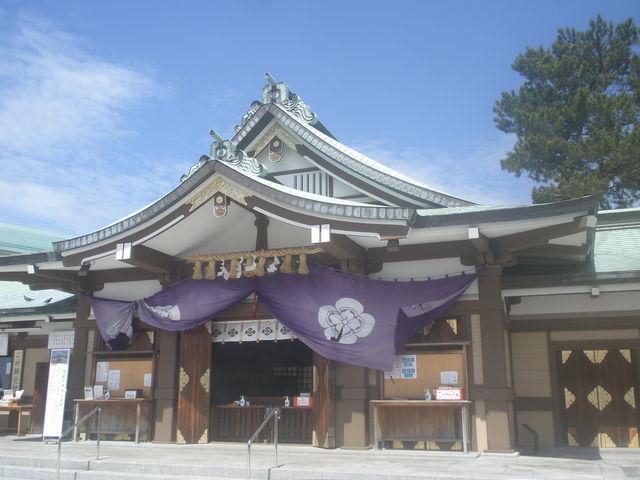 拝殿。_亀山八幡宮