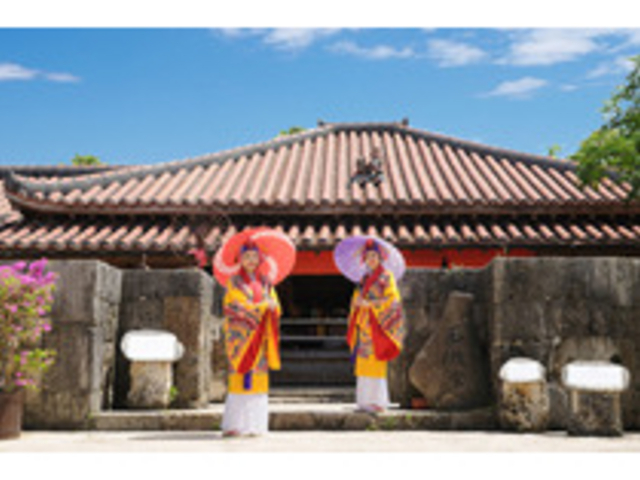 沖縄の歴史・文化・自然をまるごと体感!_おきなわワールド