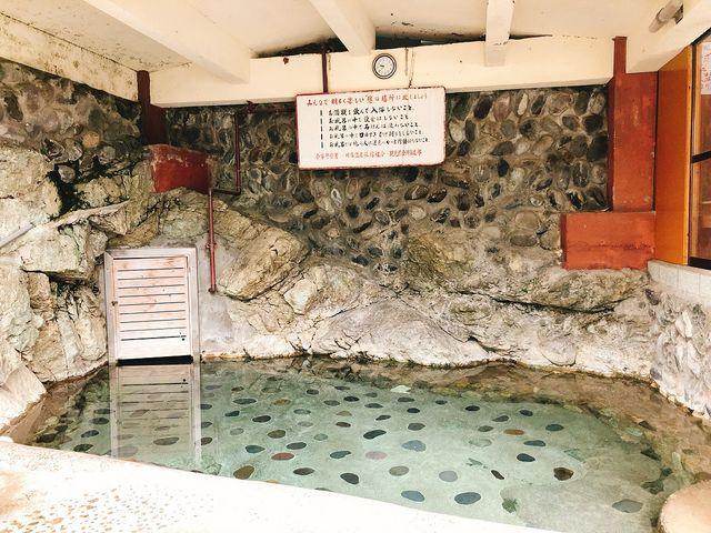 露天風呂ではシャンプーやボディソープ等の利用はご遠慮ください。_川治温泉 薬師の湯