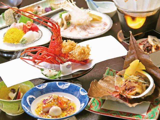 四季を感じさせる懐石料理を是非。_下田ビューホテル
