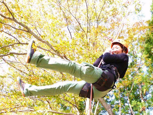 猿山の[でかブランコ]は、振り幅なんと12m_猿山-MonkeyMountain-