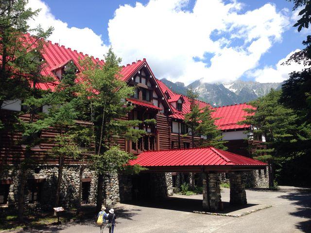 本当にあこがれの赤いお屋根!日本じゃないみたい_上高地帝国ホテル アルペンローゼ