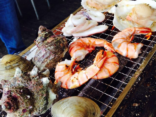 店員さんもフレンドリー。魚貝類食べ放題!_ザ・フィッシュ