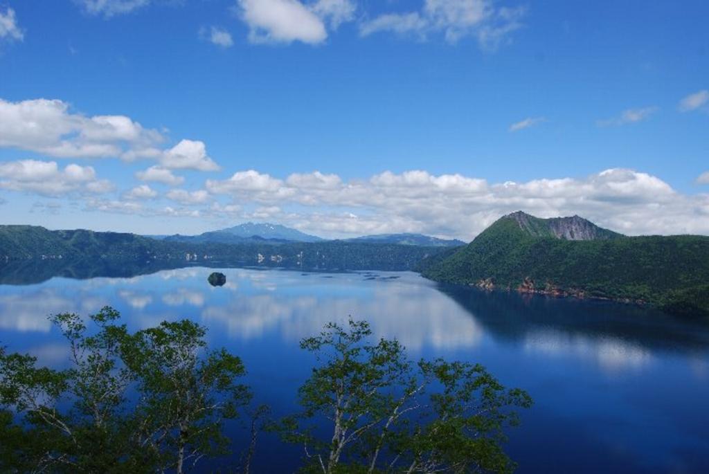 【全国名湖30選】2017夏最新版!日本一深い湖、透明度が高い ...