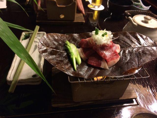 牛肉の朴葉みそやき_黒茶屋