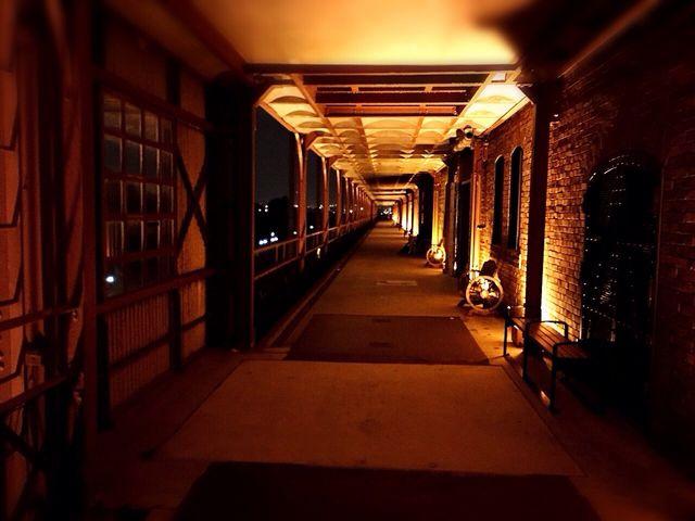 二階の外廊下_横浜赤レンガ倉庫[1号館及び2号館]