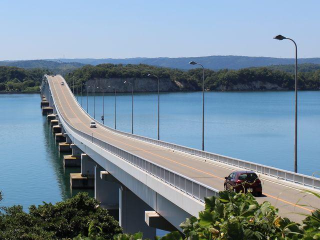 能登島側から能登島大橋を眺めた時の様子です。_能登島大橋
