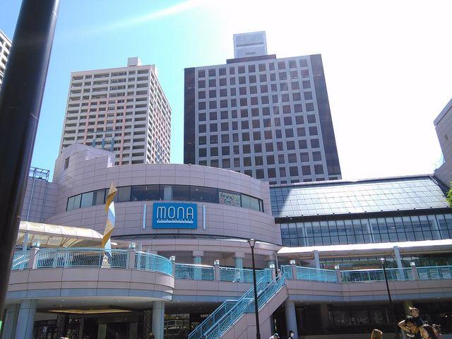 駅前広場から見た建物_MONA新浦安