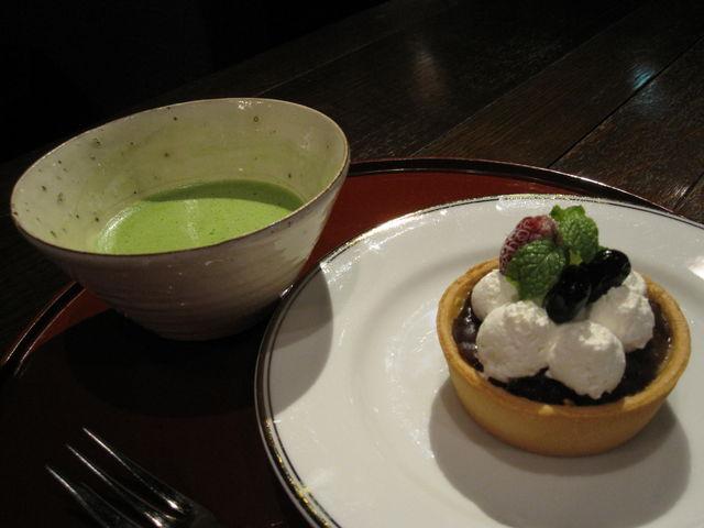 お抹茶とケーキ_カフェ 叶 匠壽庵(黒壁20號館)