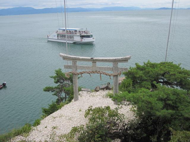 かわらげ_竹生島