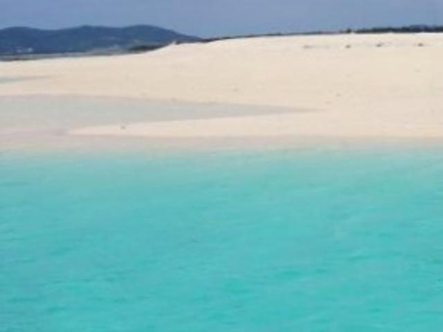 まさに「砂浜だけの島」!_ハテの浜