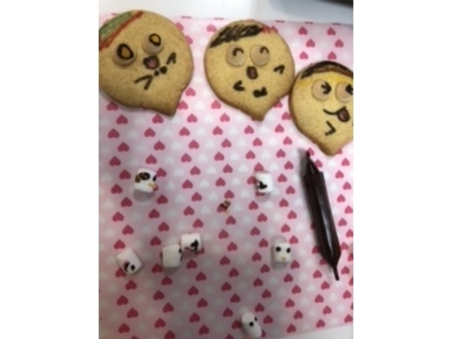 クッキーのデコレーション_チャイルドキッチン