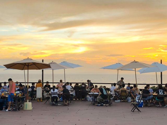 夕日が眺められる絶景バーベキューテラス_グランパスBBQガーデン