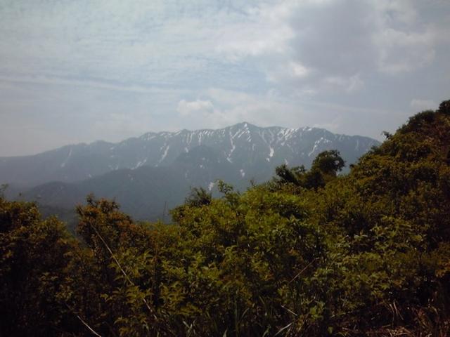 越後駒ヶ岳・枝折峠登山口