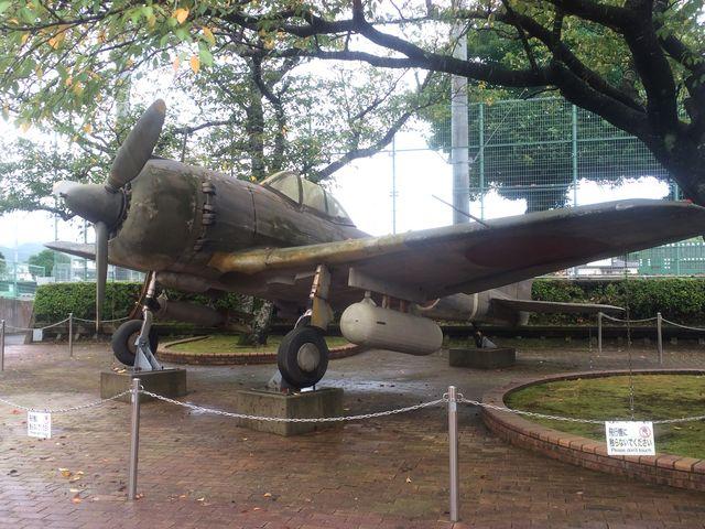 戦闘機て案外大きい…_知覧特攻平和会館