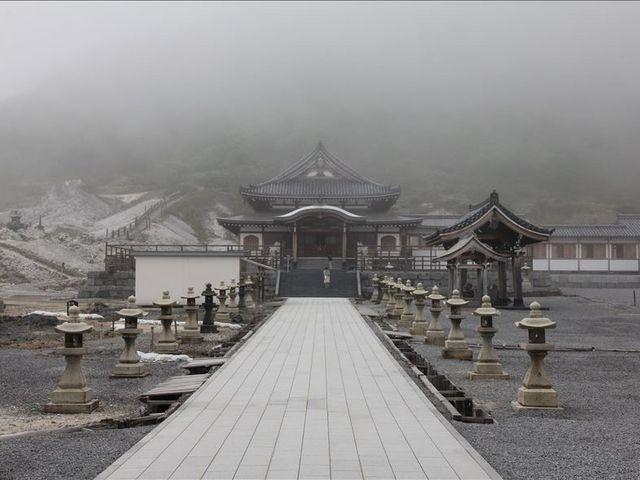 霧中の恐山_恐山