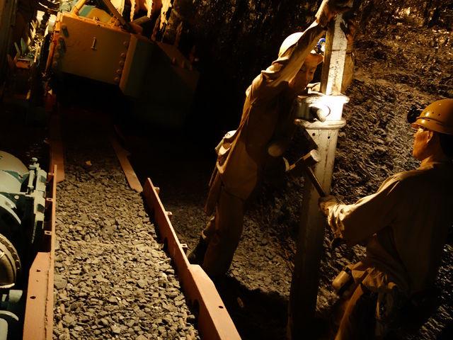 模擬炭鉱内_いわき市石炭・化石館