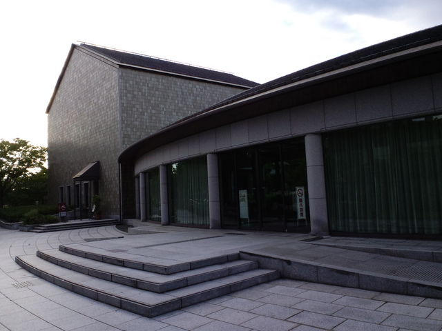 小磯記念美術館エントランス_神戸市立小磯記念美術館