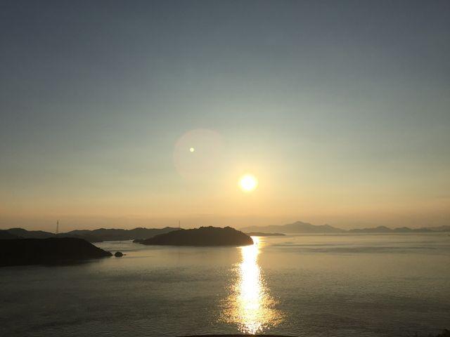 来島海峡大橋からの眺め。 サンライズ糸山から夕日は見えませんが、来島海峡大橋を一面に見られます。_サンライズ糸山(サイクリングターミナル)