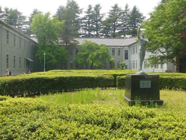 緑豊か_あがたの森文化会館