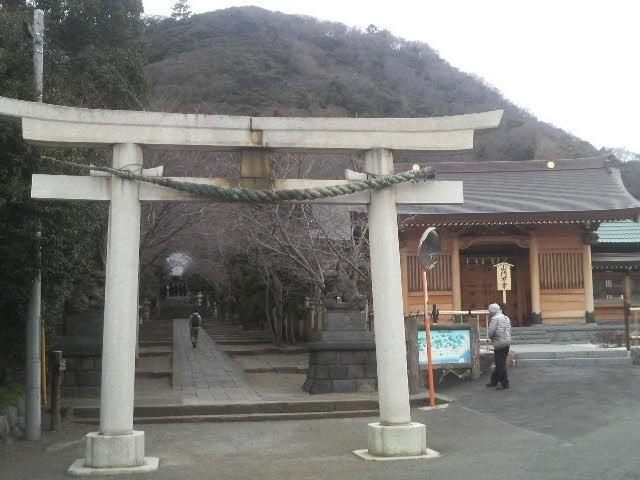 参道が立派です_高来神社
